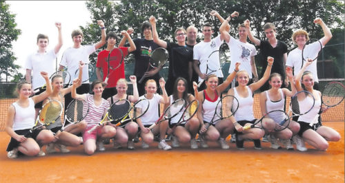 Erfolgreicher Grünstadter Tennis-Nachwuchs: Sechs PTC-Teams waren in ihren Ligen nicht zu stoppen. FOTO: TILKERIDIS